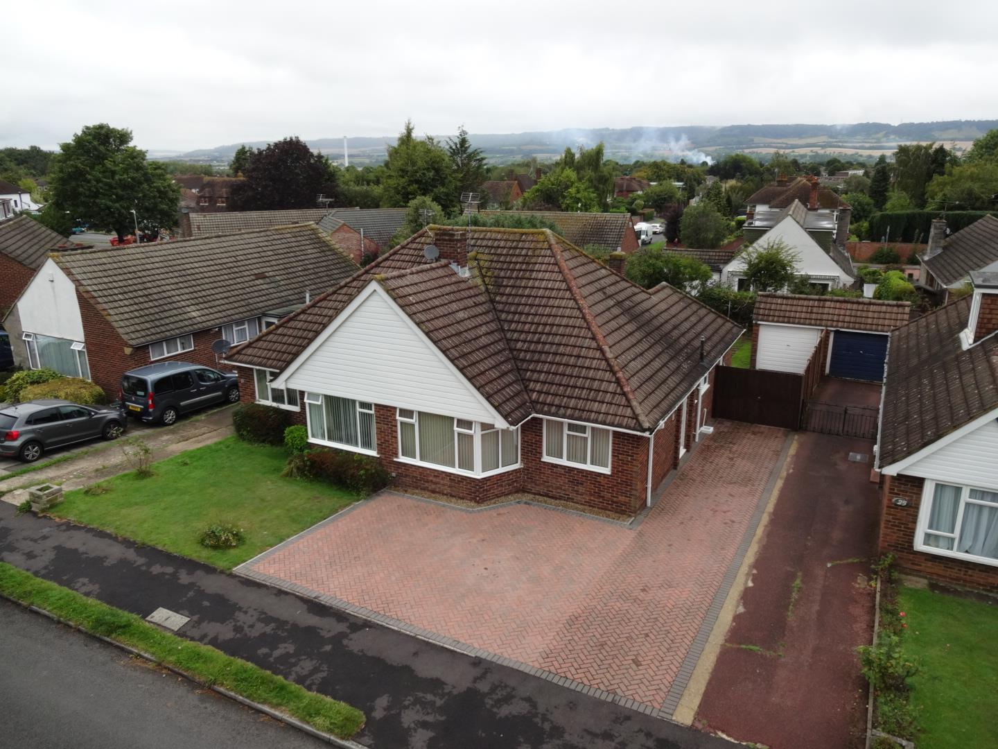 2 Bedrooms Semi Detached Bungalow for sale in Trevor Drive, Allington